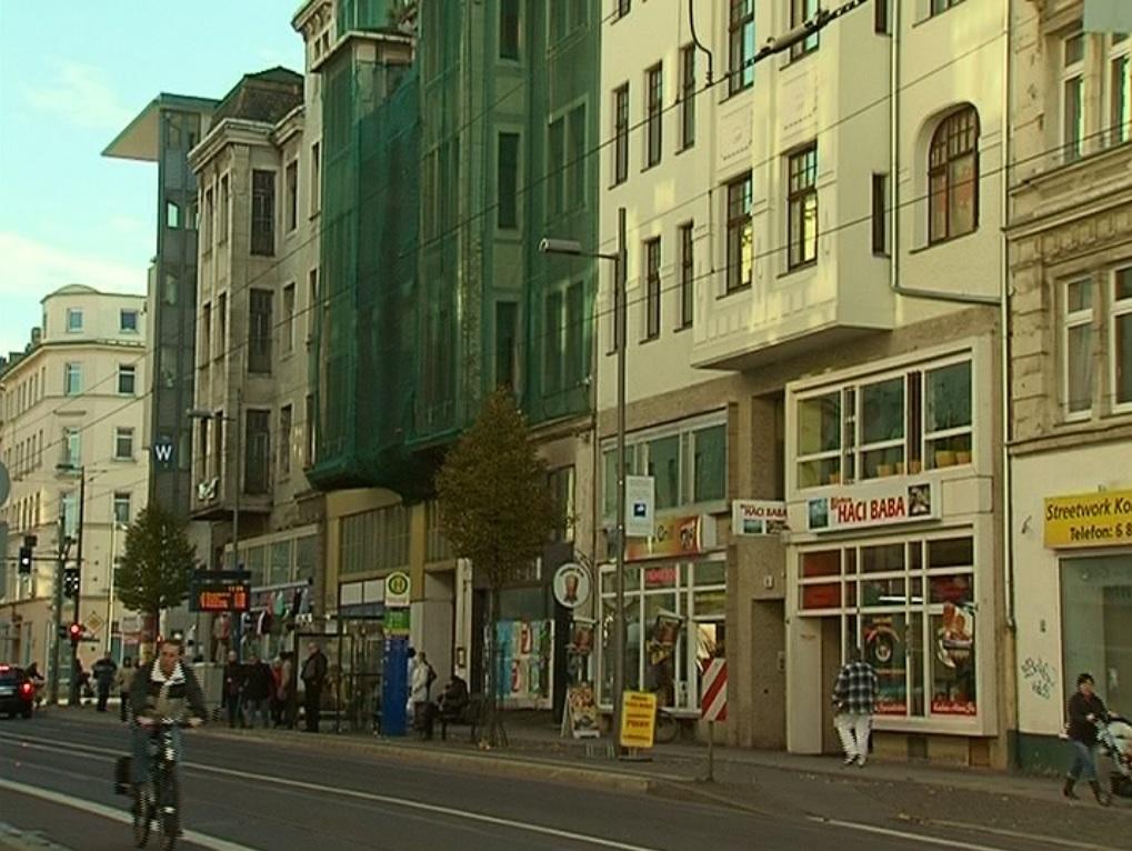 Eisenbahnstraße – Hinter den Fassaden